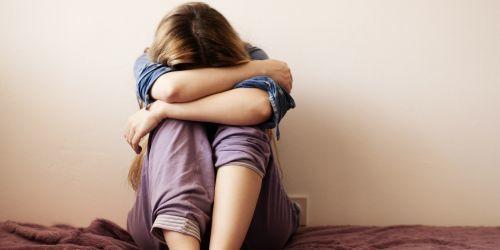 Выявление суицидальных наклонностей, причины самоубийств и лечение психической патологии.