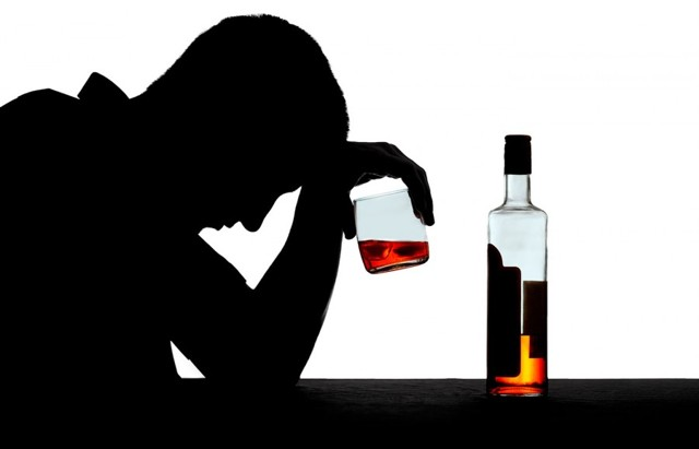 Алкогольный абстинентный синдром: причины, симптомы, лечение