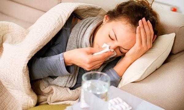 Гипотиреоз: симптомы заболевания щитовидной железы, причины, диагностика, лечение гипотиреозов и профилактика патологий щитовидки