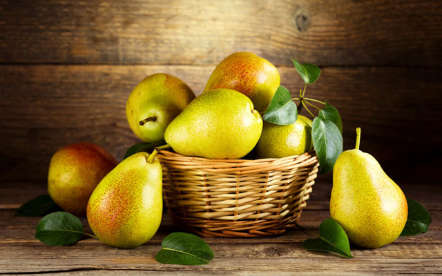 Польза и вред груши, химический состав, пищевая ценность груши, применение отвара груши